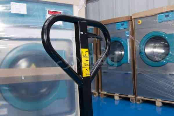 How to get the best out of your commercial washing machine -